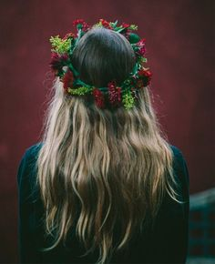 Flower Crown with Blonde Long Hair | Full Dose