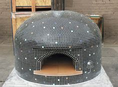 Custom Vesuvio Gas Pizza Oven with a fun multi-colored tile design! Italian Pizza Oven, Gas Pizza Oven, Bread Oven, Pizza Oven Outdoor, Pizza Ovens, Wood Burning Oven, Wood Fired Oven, Wood Fired Pizza, Oven Design