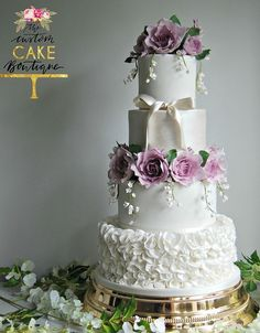 Featured Cake: The Custom Cake Boutique; Wedding cake idea.