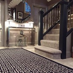 #hallway Future House, My House, Cozy Living Rooms, Real Estate Houses, House Goals, Luxury Life, My Dream Home, Interior And Exterior, Interior Decorating