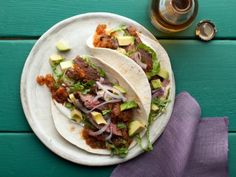 Skirt Steak Tacos with Roasted Tomato Salsa (homemade salsa & delicious skirt steak - mmm!!) Bobby Flay