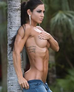Pics Archives - WomenFitnessModels.com - WOMEN FITNESS MODELS PICS, FEMALE MUSCLE, FITNESS MOTIVATION, MUSCLE TIPS, MOTIVATINAL VIDEOS & FITNESS HUMOUR