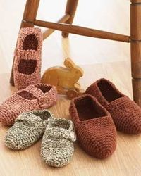 crochet pattern - family slippers