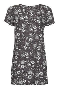 **Paisley Printed T-Shirt Dress by Glamorous Petites - Topshop