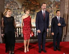 Desvistiendo a Letizia » Doña Letizia gana su apuesta al rojo