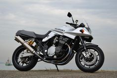 Suzuki GSX 1200 S Katana by Unicorn Japan