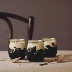 Coffee Jelly - The Last Order Frozen Desserts, Summer Desserts, Jelly Cafe, I Love Coffe, Milk Tea Recipes, Coffee Jelly, Jello Recipes, Coffee Photos, Asian Desserts