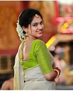 SareeThe Effective Pictures We Offer You About Women Blouse ideas A quality picture can tell you many things. You can find the most beautiful pictures that can be presented to you about Women Blouse sewing in this account. When you look at our dash Kerala Saree Blouse Designs, Wedding Saree Blouse Designs, Saree Blouse Neck Designs, Simple Blouse Designs, Stylish Blouse Design, Wedding Blouses, Simple Designs, Blouse Neck Patterns, Designer Blouse Patterns