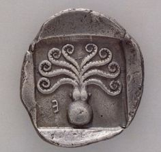 "coolartefact: "" Greek coin from Eretria, c. 500-465 BC with octopus Source: https://imgur.com/6vuAWvL """
