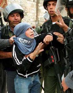 Un magazine australien dénonce les tortures israéliennes sur les enfants palestiniens John Lyons - The Australian L'Australie va exprimer ses préoccupations auprès d'Israël concernant son système judiciaire militaire pour mineurs, qui est accusé d'emprisonner...