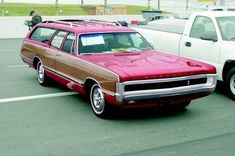 """Obtain excellent recommendations on """"best minivan They are actually on call for you on our web site. Station Wagons For Sale, Station Wagon Cars, Plymouth Cars, Veteran Car, Old Wagons, American Classic Cars, Chevrolet Suburban, Pink Cars, Chimera"""