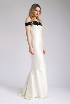 best service fd383 9aec9 Ivory silk wedding dress, fitted dress with train - Off the Shoulder Dress  - Delbar