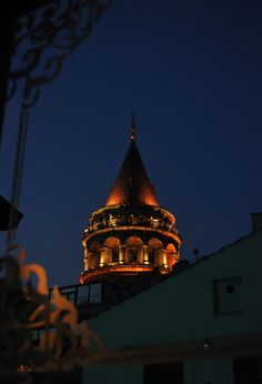Hacer Bozkurt has shared 1 photo with you! Angel Eyes, Istanbul Turkey, Mosque, Wonderful Places, Places To Visit, Tower, Night, City, Country