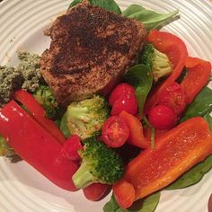 #fixate cookbook meal # one! Seared Ahi with Veggies and Pumpkin sauce. YUM! choice of wine: red, Cabernet (BV Estates - nothing fancy). Record playing during dinner prep: Gershwin. :) #FIXATE autumncalabrese cookbook, 21 day fix recipes, 21 day fix cookbook