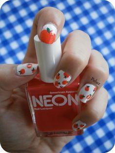 Apples nail art http://lesonglesenchantesdepolux.blogspot.fr/2013/07/nail-art-pommes.html