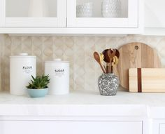 BECKI OWENS- How to Style a Kitchen