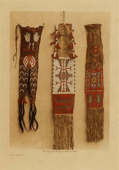 Sioux Pipe Bags Native American Indian Photo Pipe-Bags [Sioux] (The North American Indian, v. Cambridge, MA: The University Press, Native American Regalia, Native American Clothing, Native American Beauty, Native American Crafts, Native American Artifacts, Native American Beadwork, American Indian Art, Native American History, American Symbols