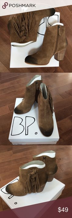"""BNIB Nordstrom BP sz7.5 Fringe Suede Bootie ✔️Brand new in box ⭕️️Reasonable offers 🚫Trades/PayPal ✔️Bundle to save  Strands of knotted fringe extend the Western influence of a burnished suede bootie fashioned with an almond toe and a block heel.  - Almond toe - Suede construction - Side zip closure - Fringe trim - Block heel - Approx. 4"""" shaft height - Approx. 3"""" heel - Leather upper, synthetic lining, leather sole Nordstrom Shoes Ankle Boots & Booties"""