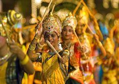 Celebrating Citrawarna (the Colours of Malaysia) festival, Copyright: APA Publications