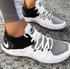 sale retailer 60769 c1943 The Nike Free TR for women is a sneaker built for a multitude of training  activities from cardio to weight lifting, and when it was time to upgrade  it to ...