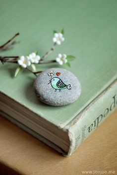 birdie pebble magnet by JooJoo Treasures