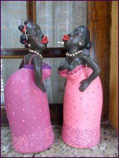 As bonecas Barraqueiras, peça em gesso pintada a mão, na cor rosa com roxo, Aceitamos encomendas! R$ 68,00