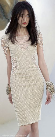 Inspire Wedding | Nautical | Chanel Haute Couture | Fall 2010 she looks half dead but like the dress!