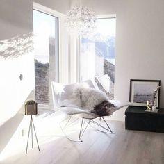 [Inspirasjon] Dette nydelige hjemme tilhører flinke og hyggelige @krusmynteviktualia som feirer 4k med sfs #gofollow 👈😃 _______________________
