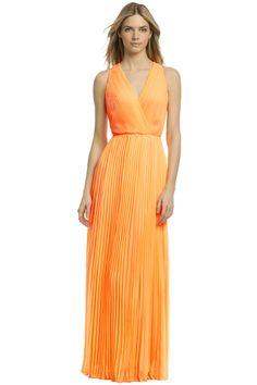 Halston Heritage Crave You Maxi from Rent the Runway | What to Wear to a Wedding | Cocktail Dresses #weddingattire #weddingdresscode #weddingseason