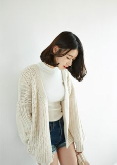 Korean Fashion Trends you can Steal – Designer Fashion Tips K Fashion, Korea Fashion, Asian Fashion, Daily Fashion, Fashion Beauty, Fashion Looks, Womens Fashion, Fashion Tips, Fashion Design