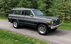 Learn more about Actual Barn Find: 1980 Jeep Cherokee Chief on Bring a Trailer, the home of the best vintage and classic cars online. Jeep Cj7, Jeep Wagoneer, Jeep Wrangler, Cherokee Chief, Jeep Grand Cherokee, Jeep Scout, Old Jeep, American Motors, Jeep Truck