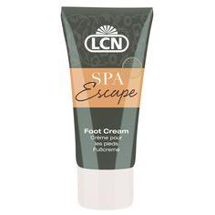 """Foot Cream """"SPA Escape""""  Intensiv pflegende Fußcreme mit Seidenextrakt und Baumwollsamenöl. Glycerin und Urea versorgen die Haut mit Feuchtigkeit und begünstigen ein Aufweichen der Hornhaut. Mandelöl verleiht ein geschmeidiges Hautgefühl."""