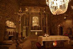 Galeria Kopalni Soli w Wieliczce pokazuje piękno tego niezwykłego miejsca i…