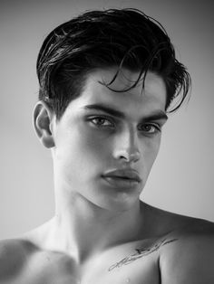 Cameron Porras (Next Models Mgt / New York) Face Drawing Reference, Face Photography, Boy Poses, Model Face, Face Men, Black And White Portraits, Male Models, Cute Boys, Sexy Men