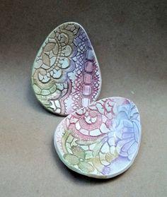 Ceramic Easter egg bowls