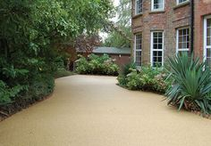 Resin Bound Gravel Driveway in Havan colour, Ansty, Sussex installed by Clearstone Resin Driveway, Driveway Paving, Driveway Design, Driveway Ideas, Resin Bound Gravel, Resin Bound Driveways, Garden Bar, Garden Ideas, Backyard