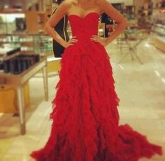 prom, prom dresses, red prom, long prom, court train