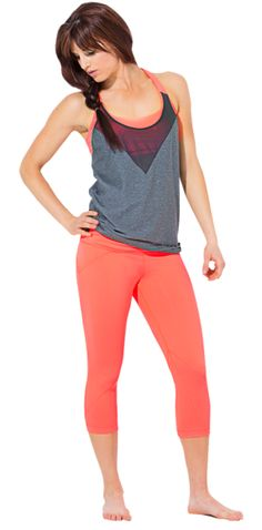 Under Armour's crops, tank top - I want to look like that