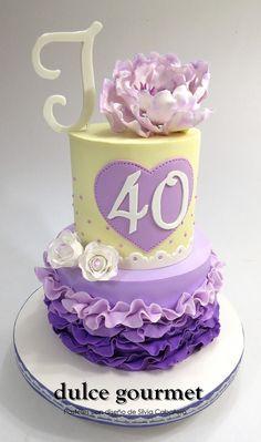 Ruffles and a big peony for this birthday cake Just Cakes, Cakes And More, Cupcakes, Cupcake Cakes, Ruffle Cake, Ruffles, Beautiful Cakes, Amazing Cakes, Fondant