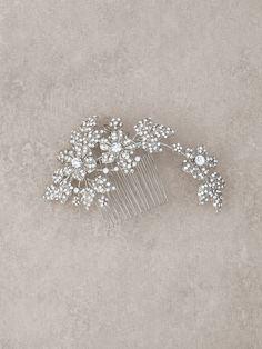 Peineta de novia floral en plata vieja y aplicaciones de pedrería