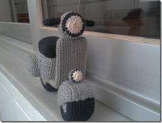 Crochet Vespa