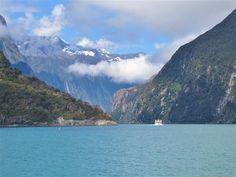 Milford Sound in Fjordland National Park, New Zealand