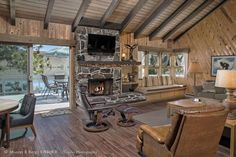 Meadowlark | Wallowa Lake Vacation Rentals cabin | Boat dock and Wallowa Lake access