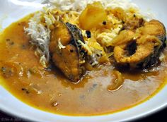 Rui Maacher Curry – Bengali Style Rohu Fish Curry #blog #recipe #bengali