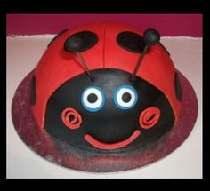 Ben & Holly cake ideas Ben And Holly Party Ideas, Ben And Holly Cake, Ben E Holly, 1st Birthday Cake For Girls, Harry Birthday, 3rd Birthday Parties, 4th Birthday, Ladybug Cakes, Ladybug Party