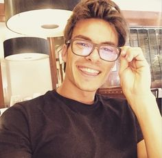 andres ceballos - Buscar con Google Gorgeous Men, Beautiful People, Vida Real, Hottest Male Celebrities, Famous Faces, Hot Boys, Handsome Boys, Pretty Face, Cute Guys