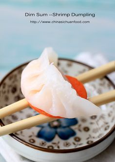 Dim-Sum Shrimp Dumpling (Har Gow) Shrimp dim sum dumpling is one of the most four important dim sum dish. Check it and make your own Shrimp Dumplings, Chinese Cooking Wine, Seafood Recipes, Cooking Recipes, Ppr, Dim Sum, Asian Recipes, Chinese Recipes, Delish