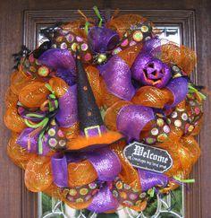 Deco Mesh WELCOME ALL CREATURES Halloween Wreath by decoglitz
