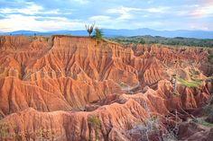 Vandaag is rood: de Tatacoa woestijn in Colombia!