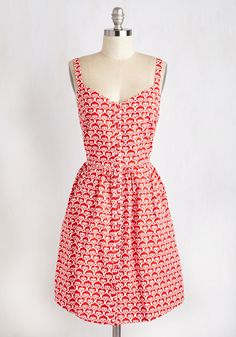 Can't Bold It In Dress. Youre in love with this red and ivory dress from Mata Traders and you want everyone to know! #red #modcloth